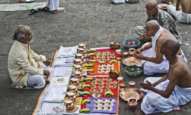 কেন মৃত্যুর পর গয়ায় পিন্ডদান করা হয়, জেনে নিন শাস্ত্রীয় ব্যাখ্যা। এম ভারত নিউজ